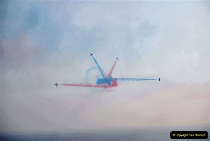 2021-09-03 Bournemouth Air Show Pictures AIR. (84) The Red Arrows. 084