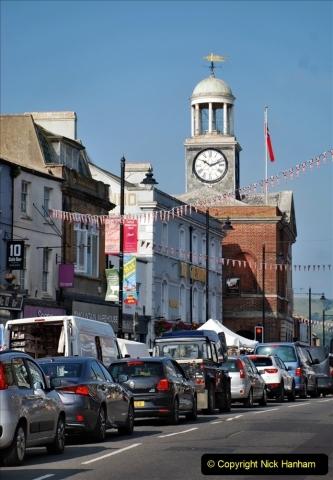 2021-09-04 Bridport Hat Festival. (1) In the town. 001