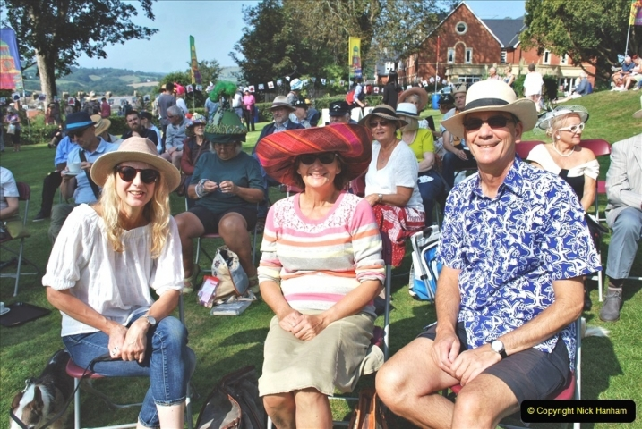 2021-09-04 Bridport Hat Festival. (105) On the Green. 105