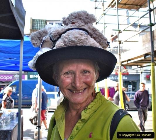 2021-09-04 Bridport Hat Festival. (11) In the town. 011