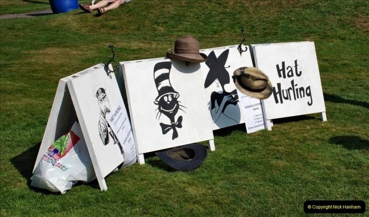 2021-09-04 Bridport Hat Festival. (113) On the Green. 111 Hat Hurling.