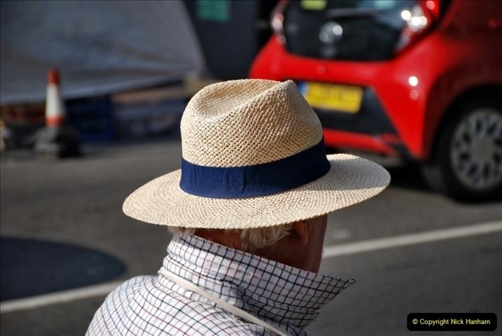 2021-09-04 Bridport Hat Festival. (13) In the town. 013
