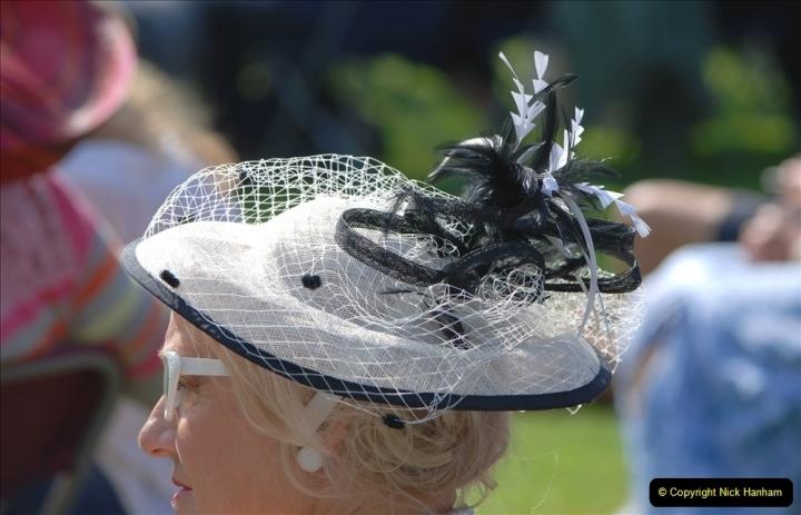 2021-09-04 Bridport Hat Festival. (173) On the Green. 173