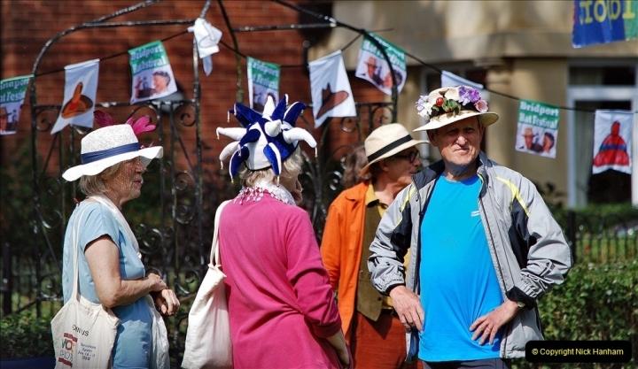 2021-09-04 Bridport Hat Festival. (221) On the Green. 221