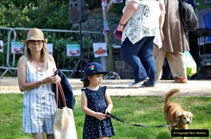 2021-09-04 Bridport Hat Festival. (228) On the Green. 228