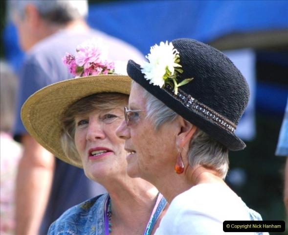 2021-09-04 Bridport Hat Festival. (252) On the Green. 252
