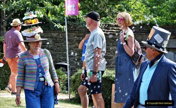 2021-09-04 Bridport Hat Festival. (277) On the Green. 277