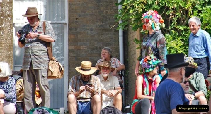 2021-09-04 Bridport Hat Festival. (320) On the Green. 320