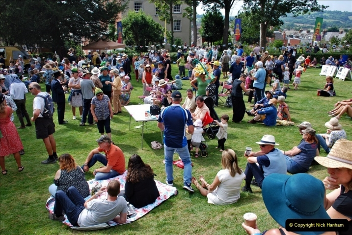 2021-09-04 Bridport Hat Festival. (332) On the Green. 332