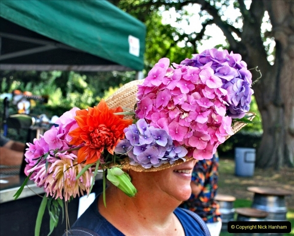 2021-09-04 Bridport Hat Festival. (334) On the Green. 334