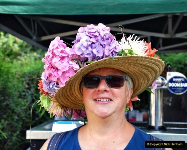 2021-09-04 Bridport Hat Festival. (335) On the Green. 335