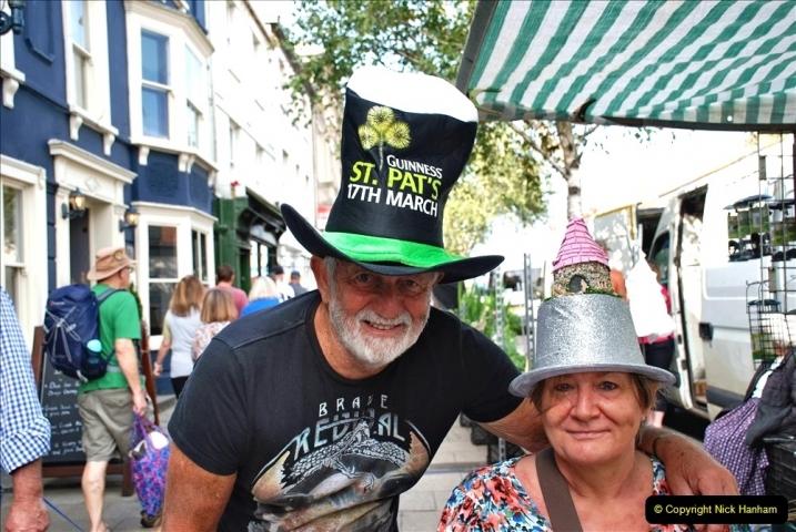 2021-09-04 Bridport Hat Festival. (34) In the town. 034