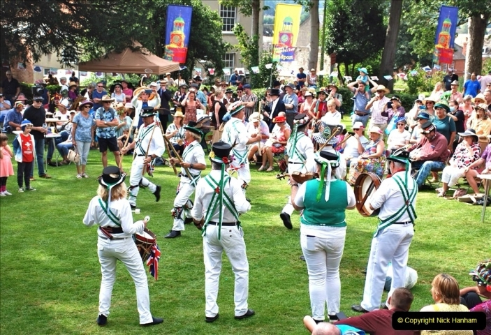 2021-09-04 Bridport Hat Festival. (347) On the Green. The Morris Men and Ladies. 347