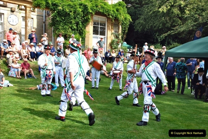 2021-09-04 Bridport Hat Festival. (348) On the Green. The Morris Men and Ladies. 348