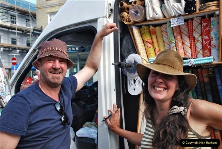 2021-09-04 Bridport Hat Festival. (36) In the town. 036