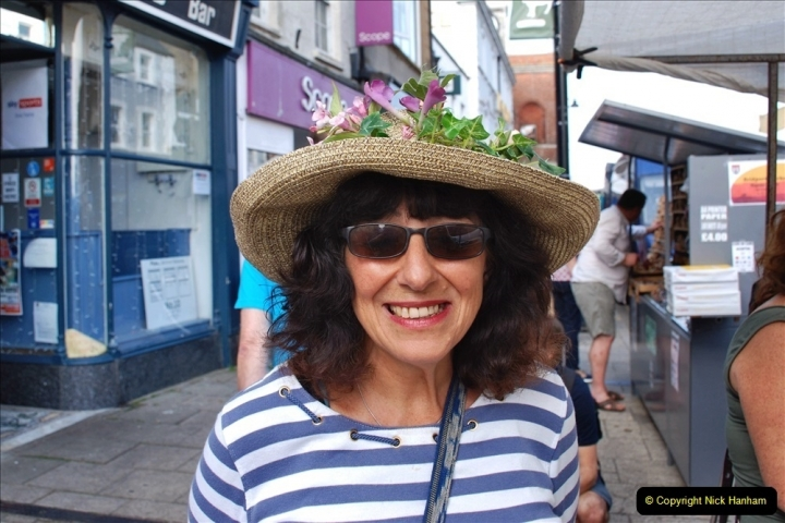2021-09-04 Bridport Hat Festival. (37) In the town. 037