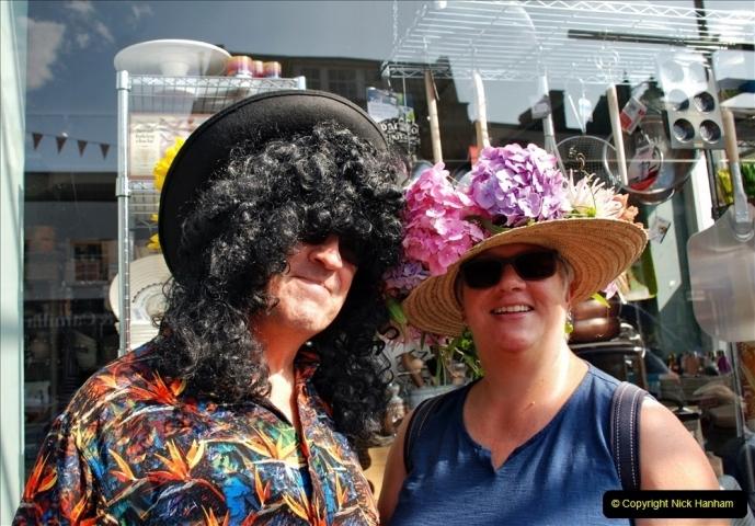 2021-09-04 Bridport Hat Festival. (41) In the town. 041