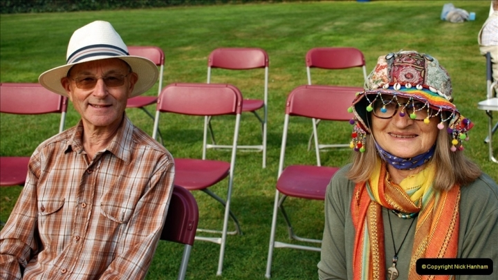 2021-09-04 Bridport Hat Festival. (56) On the Green. 056