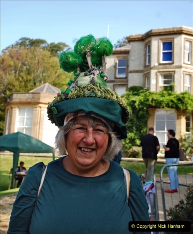 2021-09-04 Bridport Hat Festival. (63) On the Green. 063 Colmers Hill Hat.