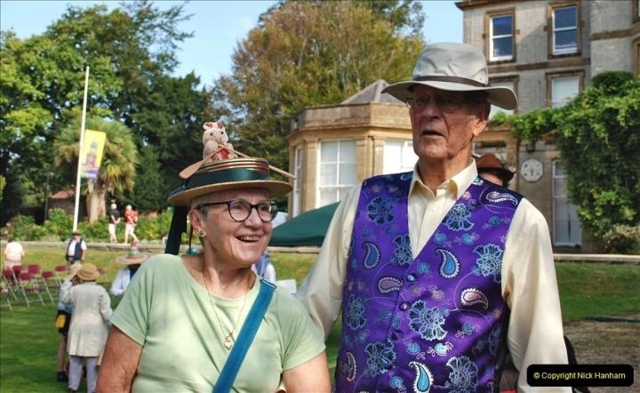 2021-09-04 Bridport Hat Festival. (64) On the Green. 064
