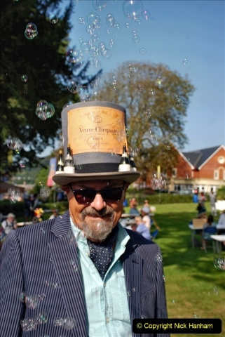 2021-09-04 Bridport Hat Festival. (65) On the Green. 065