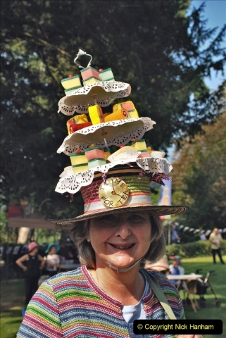2021-09-04 Bridport Hat Festival. (66) On the Green. 066