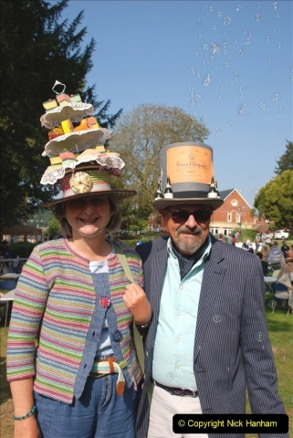 2021-09-04 Bridport Hat Festival. (67) On the Green. 067
