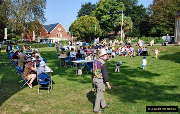 2021-09-04 Bridport Hat Festival. (68) On the Green. 068