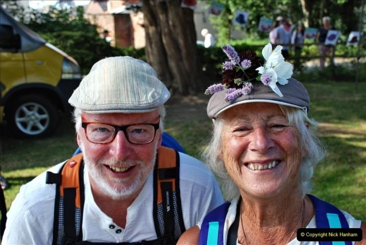 2021-09-04 Bridport Hat Festival. (71) On the Green. 071