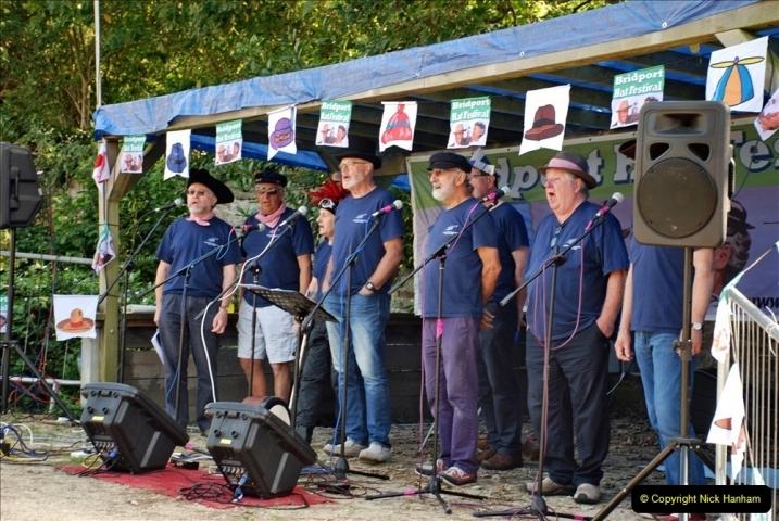 2021-09-04 Bridport Hat Festival. (82) On the Green. 082
