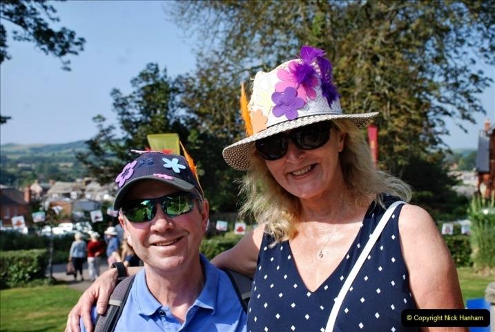 2021-09-04 Bridport Hat Festival. (96) On the Green. 096