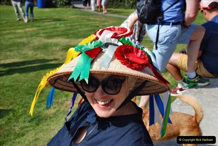 2021-09-04 Bridport Hat Festival. (98) On the Green. 098