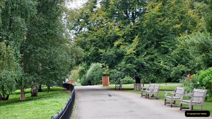 2021-09-20 Central London Break. (184) Green Park. 184