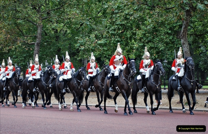 2021-09-20 Central London Break. (211) Changing the Guard at Buckingham Palace.  211
