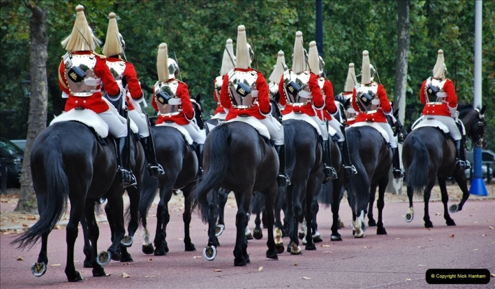 2021-09-20 Central London Break. (216) Changing the Guard at Buckingham Palace.  216