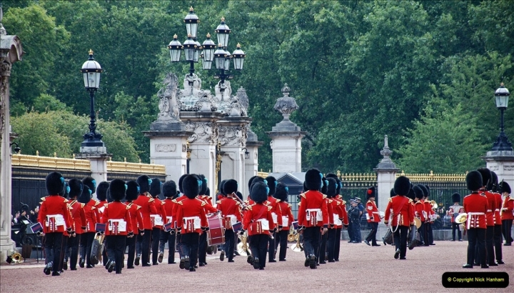 2021-09-20 Central London Break. (226) Changing the Guard at Buckingham Palace.  226