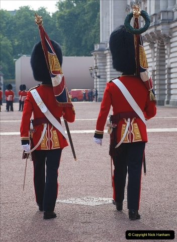 2021-09-20 Central London Break. (240) Changing the Guard at Buckingham Palace.  240