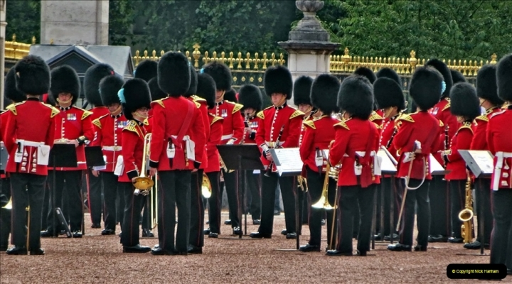 2021-09-20 Central London Break. (248) Changing the Guard at Buckingham Palace.  248