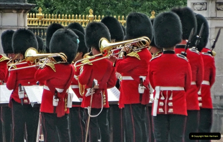 2021-09-20 Central London Break. (250) Changing the Guard at Buckingham Palace.  250