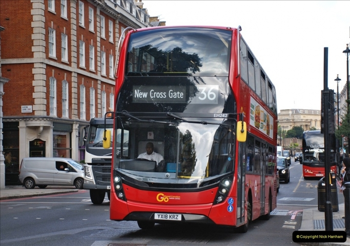 2021-09-19 & 20 Central London Buses & Coaches. (142) 142