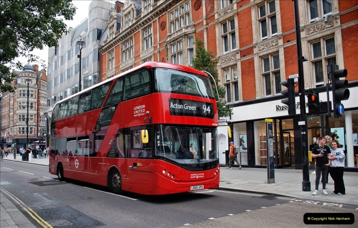 2021-09-19 & 20 Central London Buses & Coaches. (54) 054