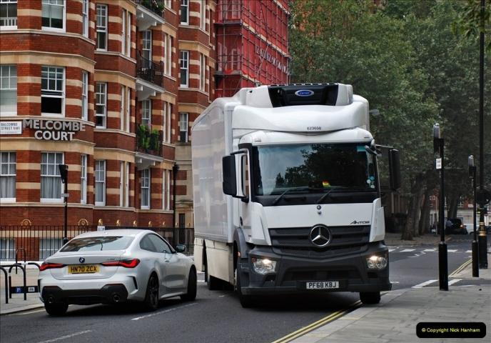 2021-09-19 & 20 Central London Lorries, Cars & Bikes. (2) 002