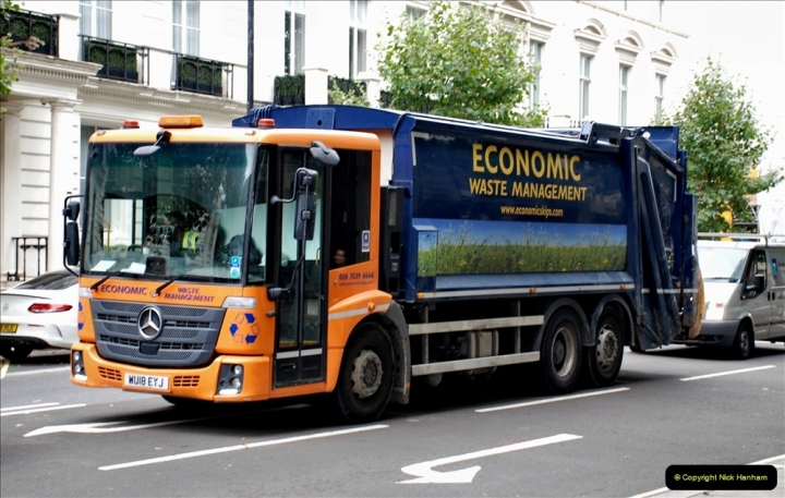 2021-09-19 & 20 Central London Lorries, Cars & Bikes. (24) 024