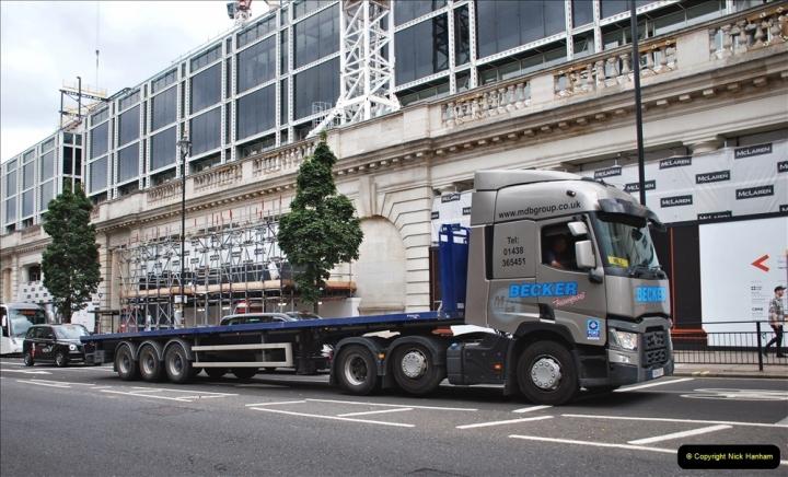 2021-09-19 & 20 Central London Lorries, Cars & Bikes. (32) 032