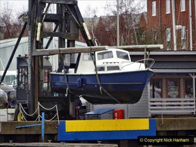 2020-12-14 At Lymington, Hampshire. (32) Boat hoist. 032