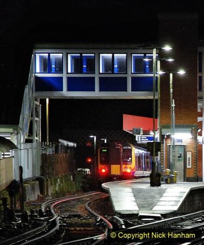 2020-12-14 Brockenhurst, Hampshire. (19) The town at night. 071