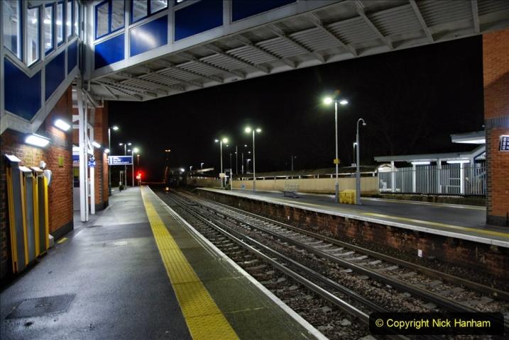 2020-12-14 Brockenhurst, Hampshire. (23) The town at night. 075