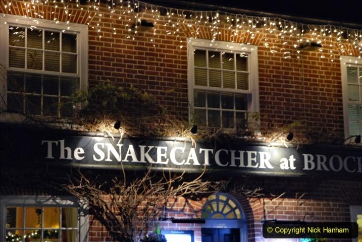 2020-12-14 Brockenhurst, Hampshire. (38) The town at night. 090