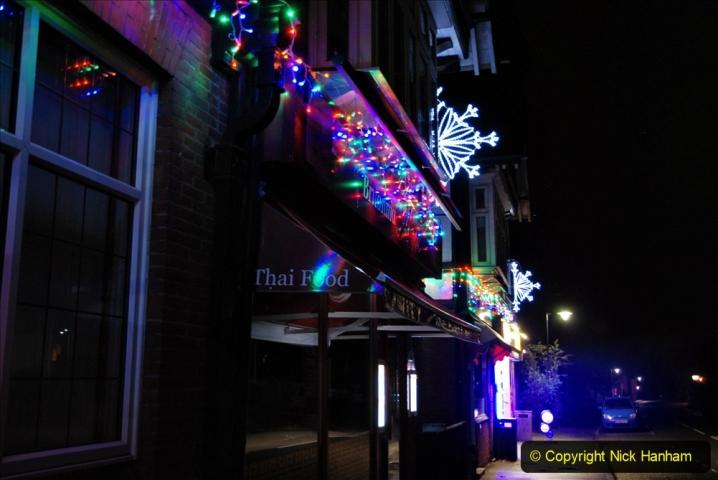2020-12-14 Brockenhurst, Hampshire. (40) The town at night. 092
