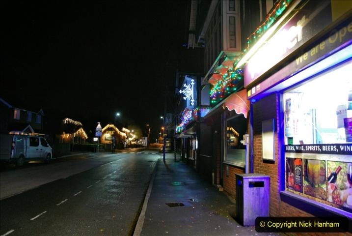 2020-12-14 Brockenhurst, Hampshire. (41) The town at night. 093